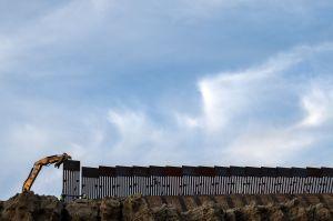 Gobierno de Trump planea expropiar tierras en Texas para el muro