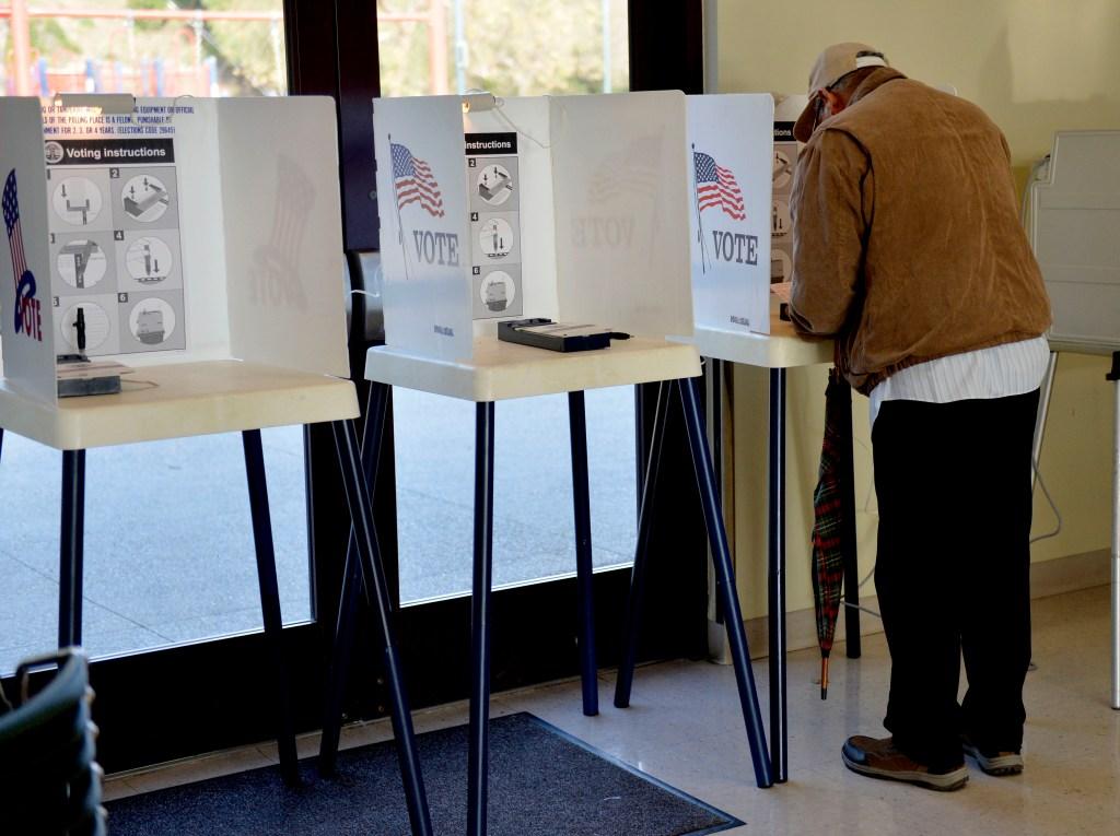 Mexicano votó en 5 elecciones de EE.UU. sin ser ciudadano