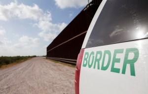 Jefa de la Patrulla Fronteriza celebra 96 millas del muro de Trump