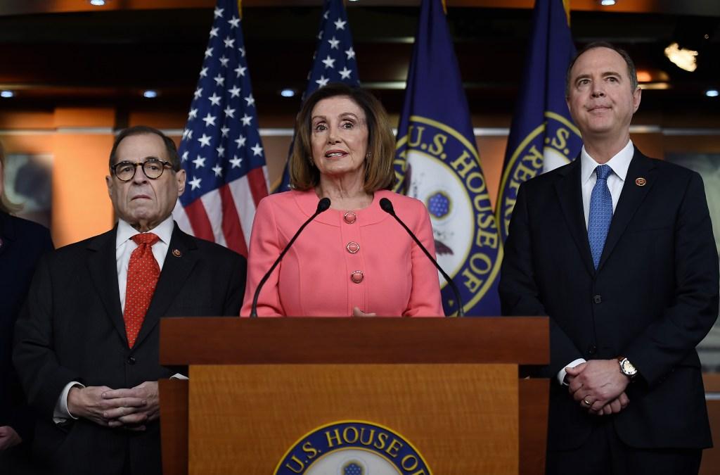 """Cámara de Representantes envía al Senado artículos del """"impeachment"""""""