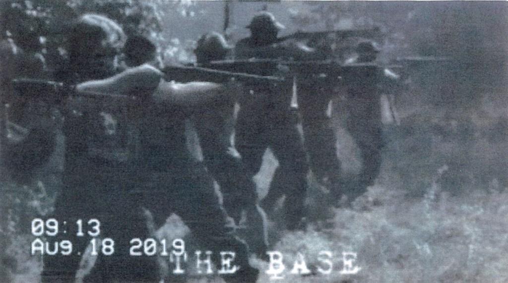 FBI arresta supremacistas blancos antes de marcha en Virginia