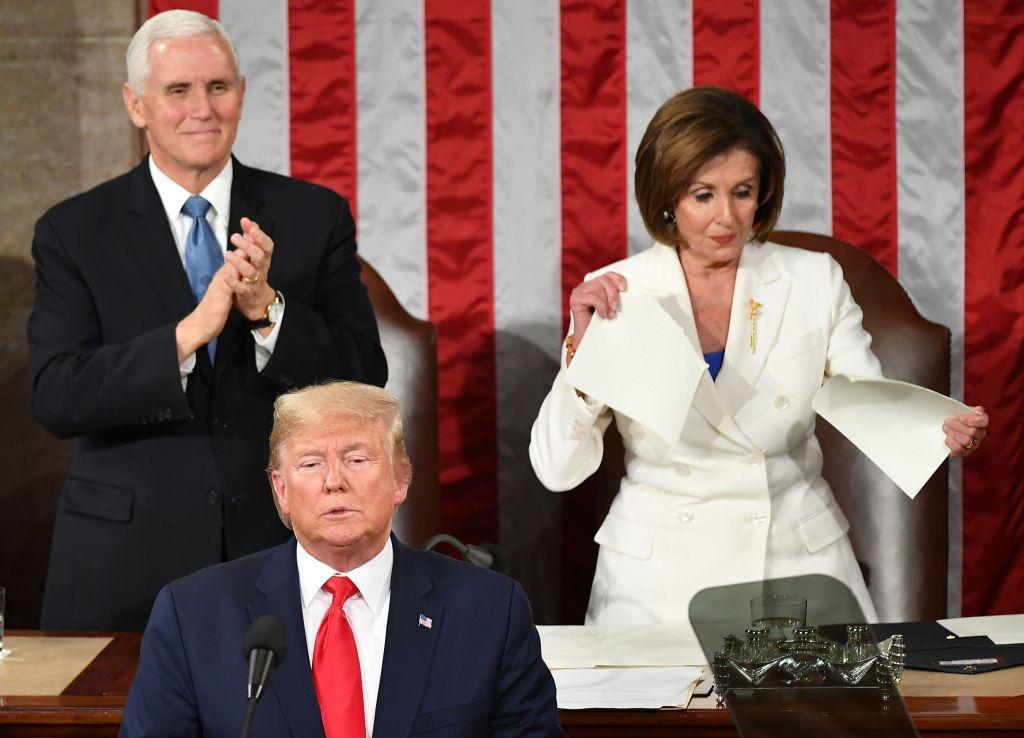 Pelosi le robó el show a Trump en una noche llena de drama