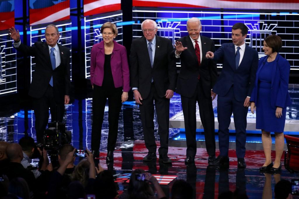 Abundan los ataques a Bloomberg en debate demócrata en Las Vegas