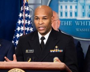 """Cirujano General: Esta semana será como """"Pearl Habor"""" y 9/11"""