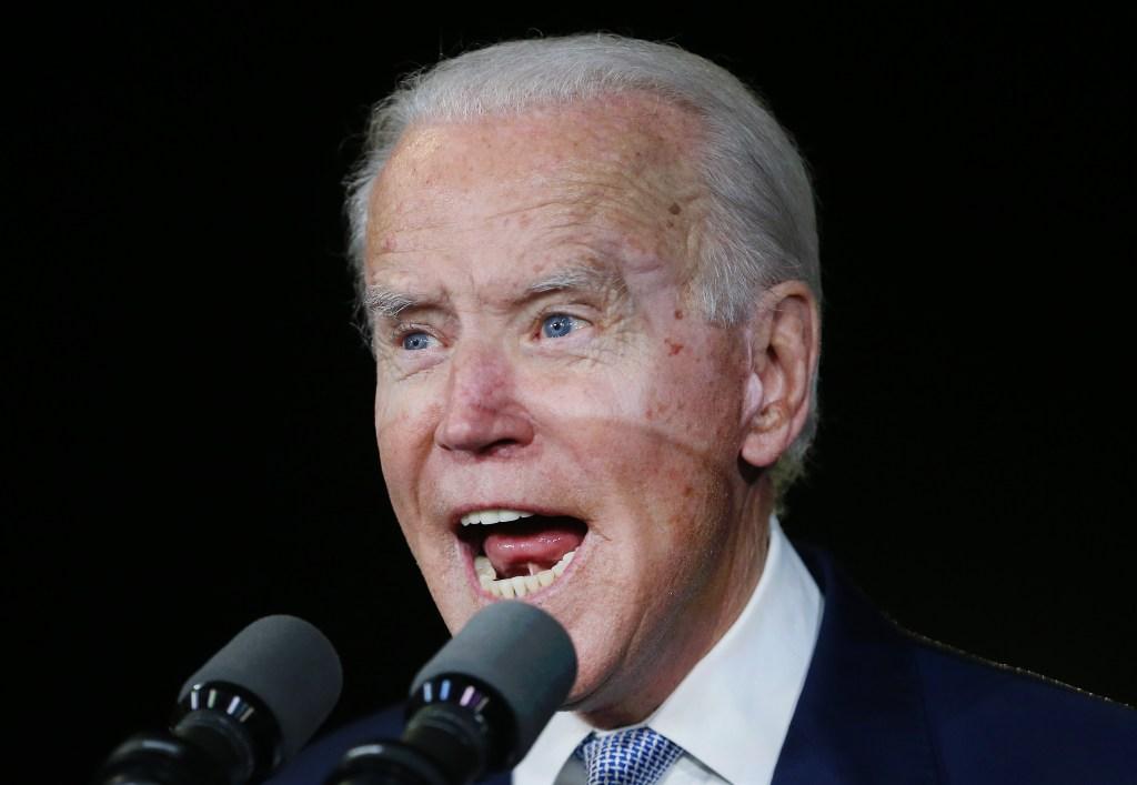 """Joe Biden sorprende con grandes victorias en """"Super Tuesday"""""""