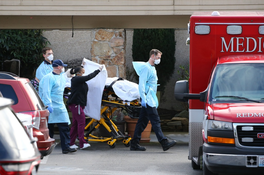 """Regla de """"Carga Pública"""" podría empeorar la epidemia del coronavirus"""